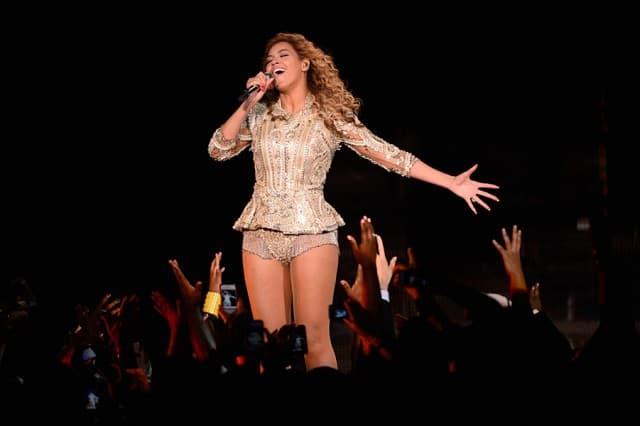 Ona je najplaćenija pevačica