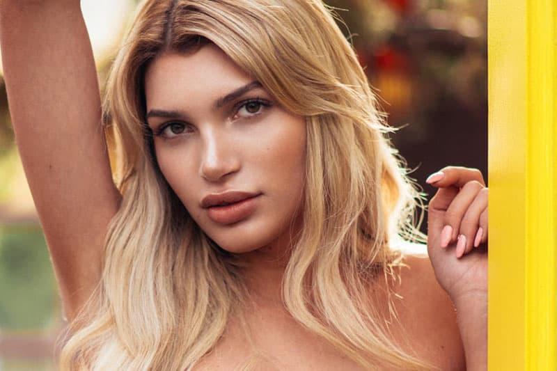 Ovo-je-prva-transrodna-Playboy-zecica-u-Nemackoj