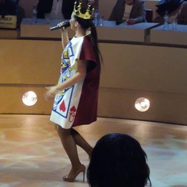 Olja kao kraljica iz Alise u zemlji čuda (foto: Instagram)