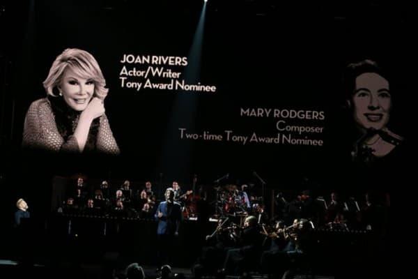 Na dodeli je odana počast preminuloj komičarki Joan Rivers (foto: The New York Times)