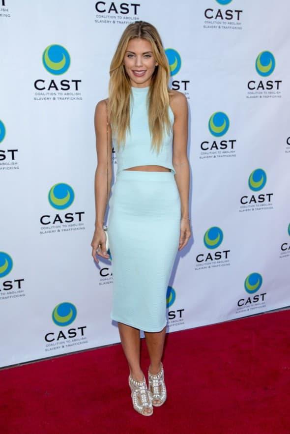 Zvezda serije 90210 savršeno izgleda u ovoj plavoj kombinaciji u kojoj izgleda zaista seksi (foto: WENN)