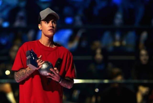 Justin Bieber na MTV EMA Awards 2015 (foto: MTV 2015)