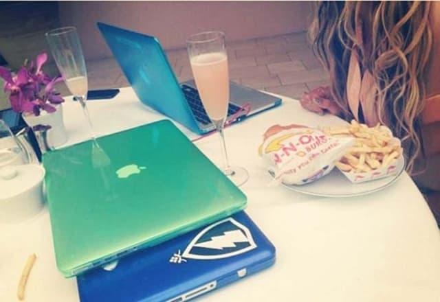 Kratko je bila vegan, ali Beyonce ne može bez burgera i pomfrita (foto: Instagram)