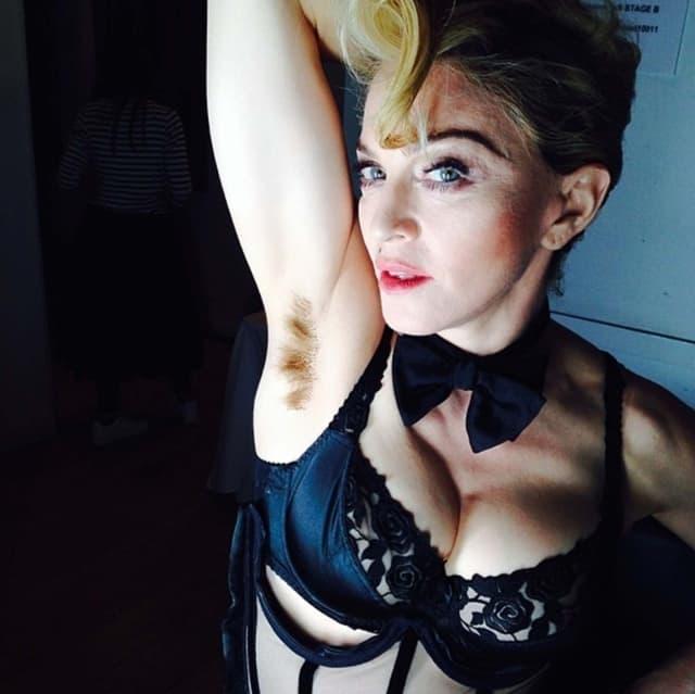 Madonna-armpit-hair