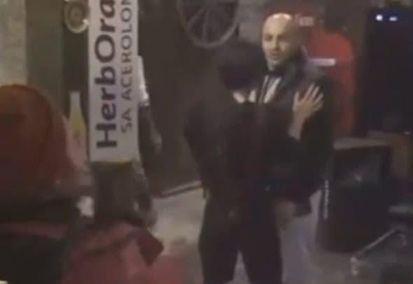 Baki je tokom svađe pljunuo Jelenu (foto: screenshot)