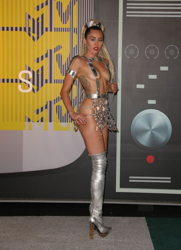 Miley Cyrus (foto: WENN)