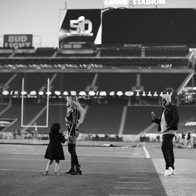 Jay Z i Blue Ivy su bili podrška pevačici pred nastup na 50. jubilarnom Super Bowl-u (foto: Instagram)