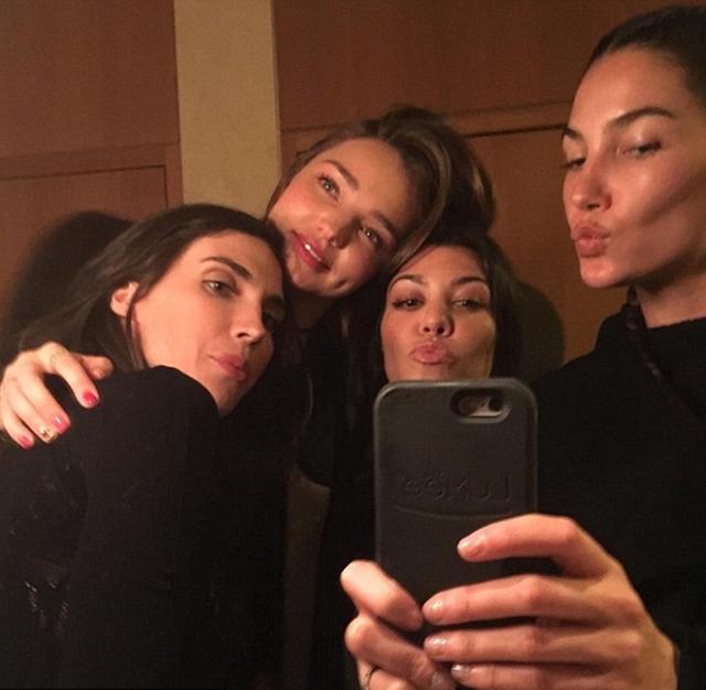 Kourtney u izlasku sa slavnim prijateljicama (foto: Instagram)