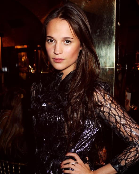 Da li će Alicia uspeti da nadmaši Angelinu (foto: Instagram)