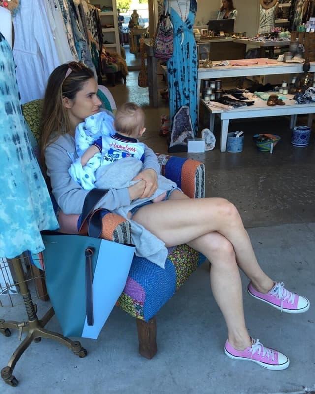 Marija Karan sa šestomesečnim sinom (foto: Instagram)