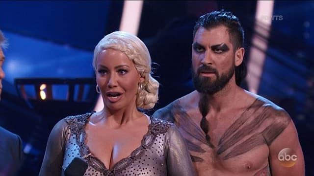 Amber i Maksim kao Daenerys i Khal (foto: Screenshot)