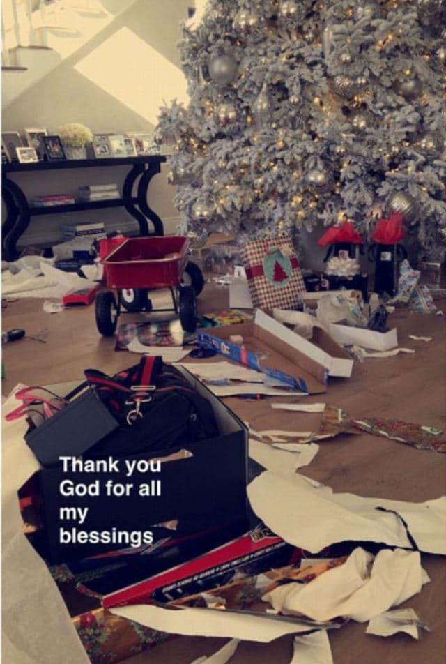 Zahvalnosti (foto: Snapchat/kyliejenner)