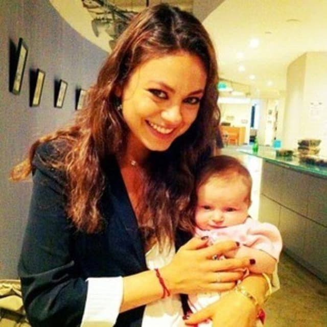 Mila Kunis sa ćerkom Wyatt