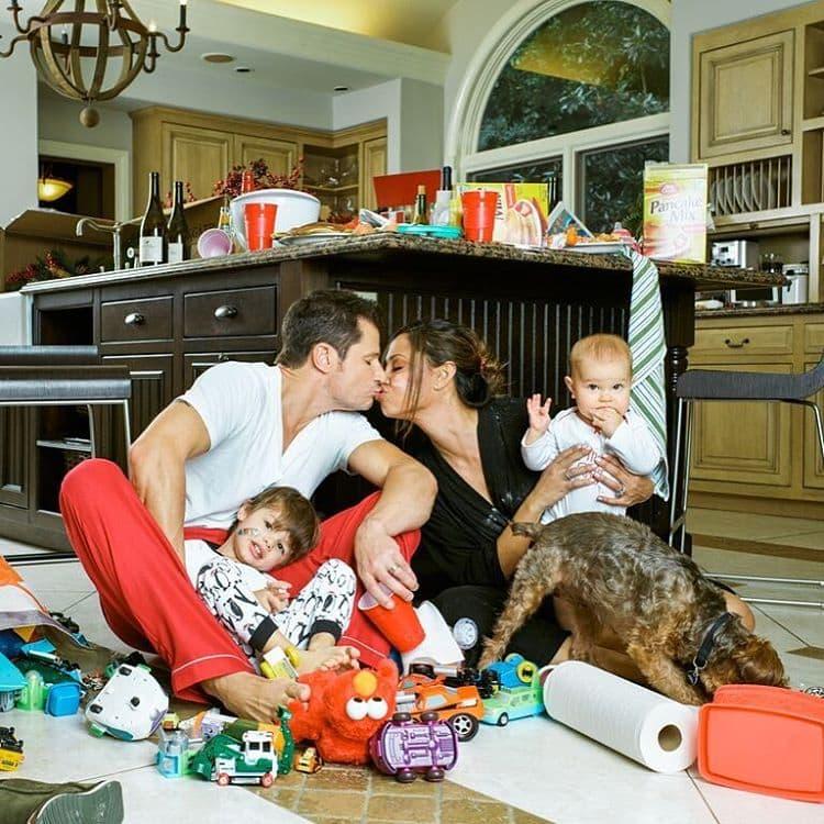 Porodica je za Božić dobila još jednog člana (foto: Instagram/vanessalachey)