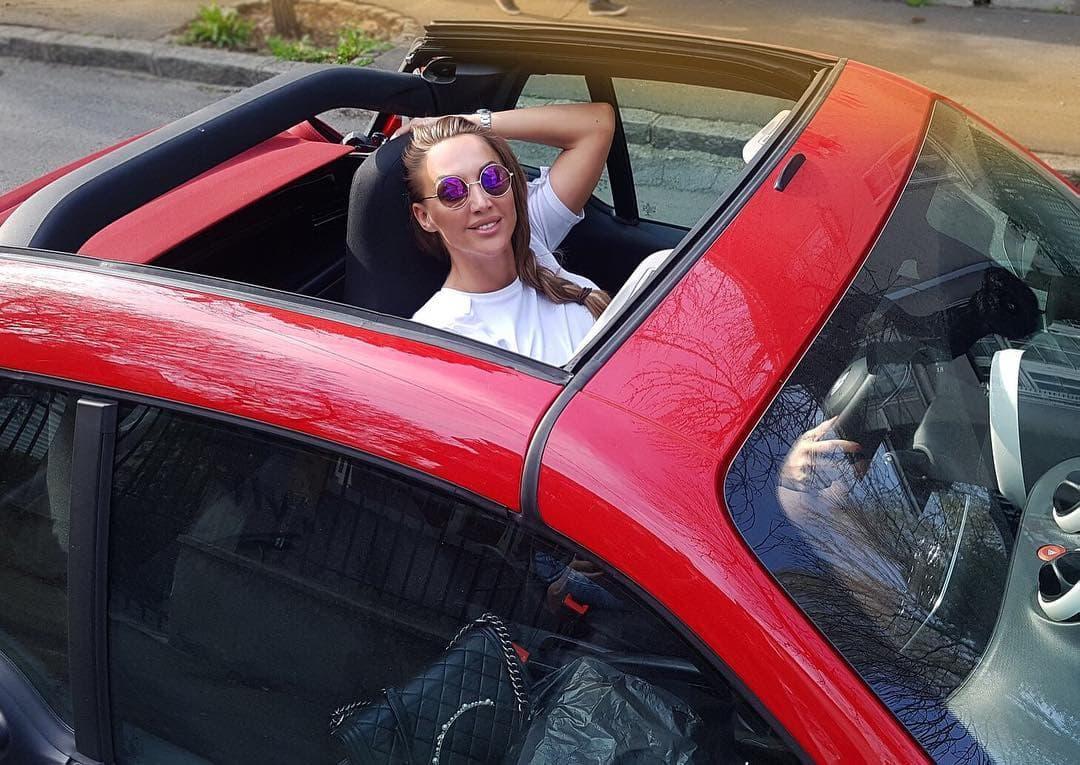 Goga u novom automobilu (foto: Instagram.com/sekulicgoga9