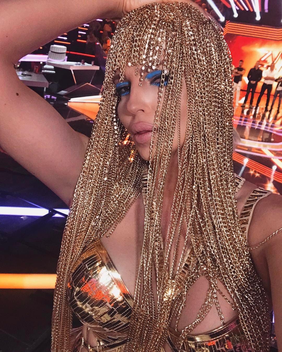 Jelena na snimanju 'Zvezda Granda' (foto: Instagram.com/karleusastar)