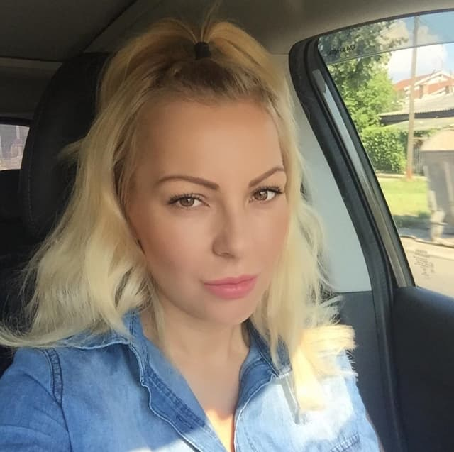Ovako glumica izgleda bez šminke (foto: Instagram.com/selakov)